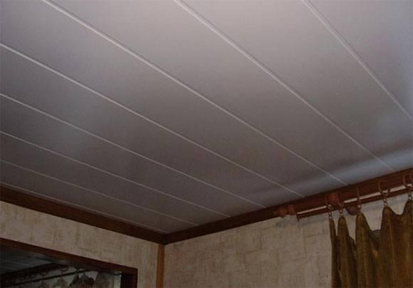 Как установить последнюю панель пвх на потолок?