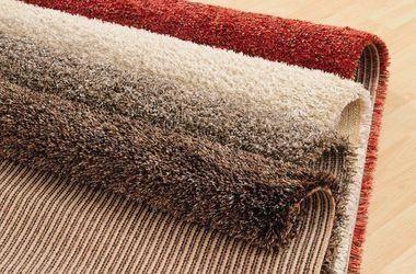Укладка ковролина: клей, как стелить своими руками, технология, постелить на бетонный, деревянный пол, лестницу, плитка, подложка