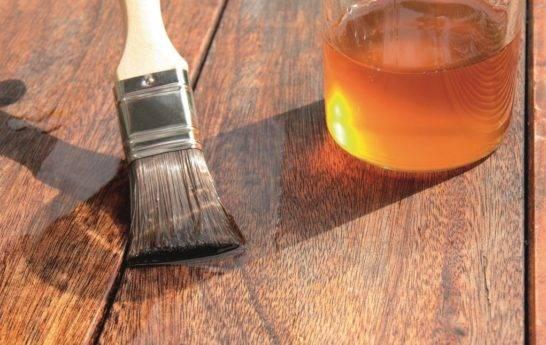 Выбираем масло для пропитки древесины. масло минеральное для дерева