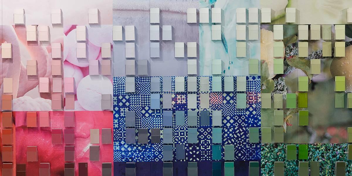 Как покрасить стены колером: можно ли это делать и каким образом, как подобрать оттенки, как правильно разводить смесь, а также фото дизайна работ и каталог цветов