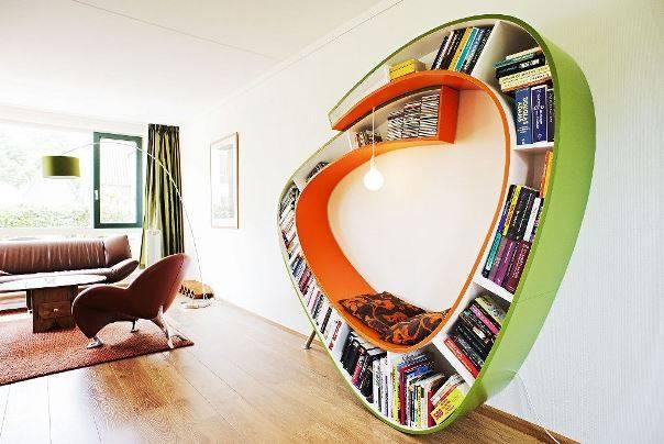 Как расставить книги на полке: совмещаем дизайн и практичность