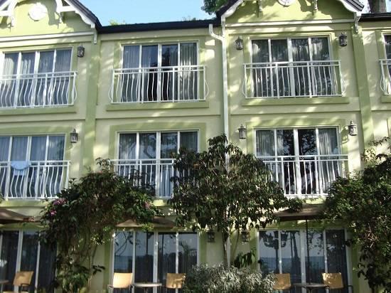 Французский балкон — фото вариантов оформления помещения