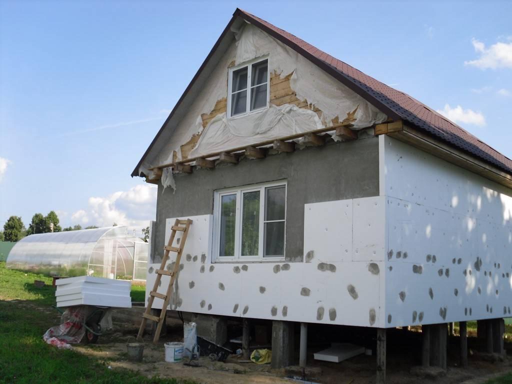 Внешняя отделка каркасного дома: варианты, материалы