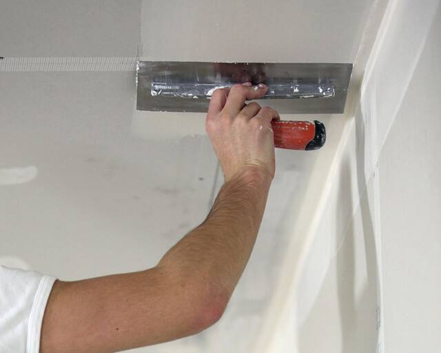 Монтаж подвесного потолка армстронг: как собрать своими руками, технология и схема установки