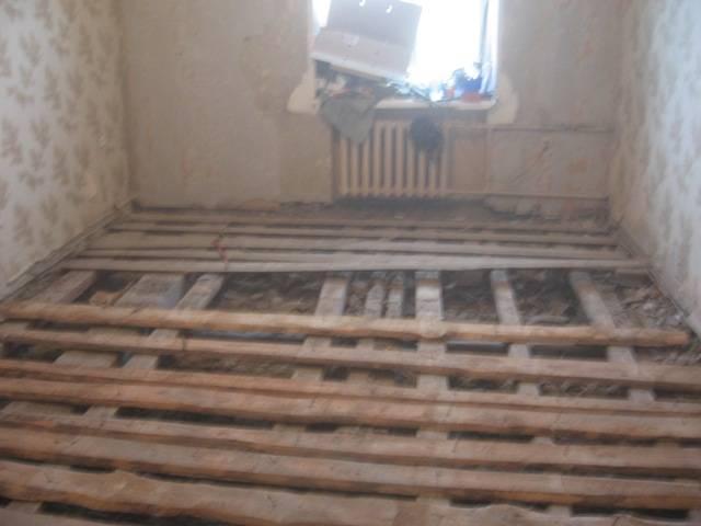 Ремонт пола в квартире (67 фото): делаем замену покрытия своими руками поэтапно, варианты ремонта в деревянном доме, как поднять полы в «хрущевке»