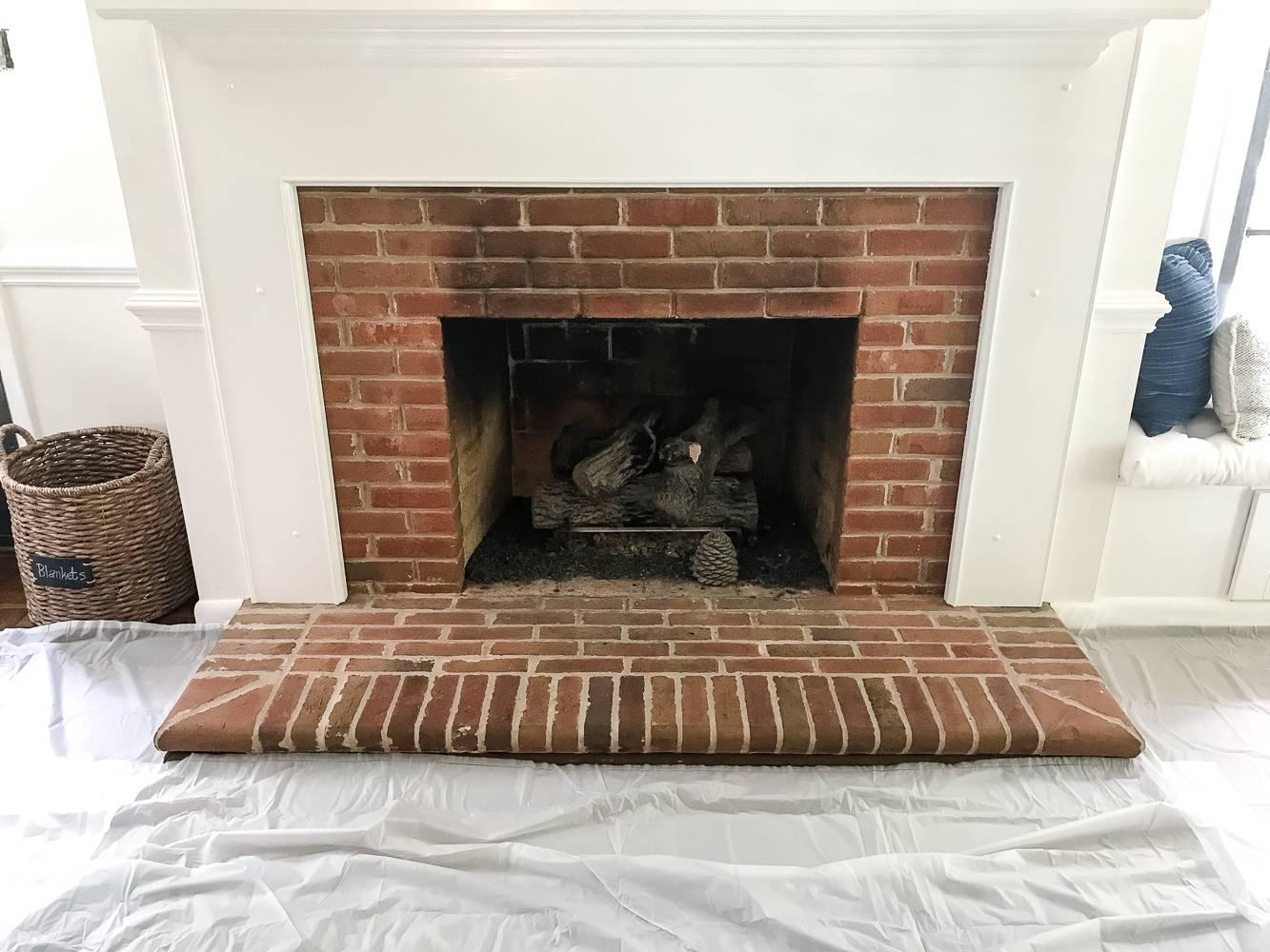 Плитка для печи (49 фото): огнеупорная и жаростойкая керамическая облицовочная плитка для каминов и печей, использование жаропрочной облицовки