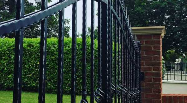 Чертежи, фото и видео распашных ворот, сделанных своими руками