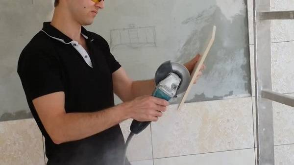 Как резать плитку болгаркой без сколов в домашних условиях