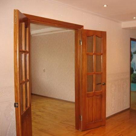 Навесные межкомнатные двери на роликах, фото в интерьере, монтаж своими руками