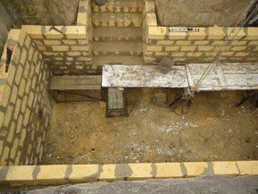 Как построить погреб в частном доме своими руками — устройство, советы и пошаговое описание