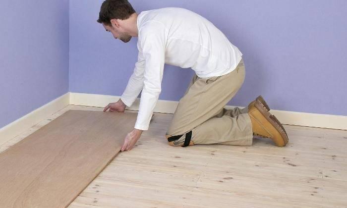 Как выровнять деревянный пол под ламинат своими руками: 3 лучших способа