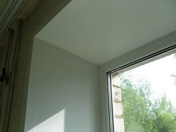 Как сделать наружные откосы для пластикового окна?