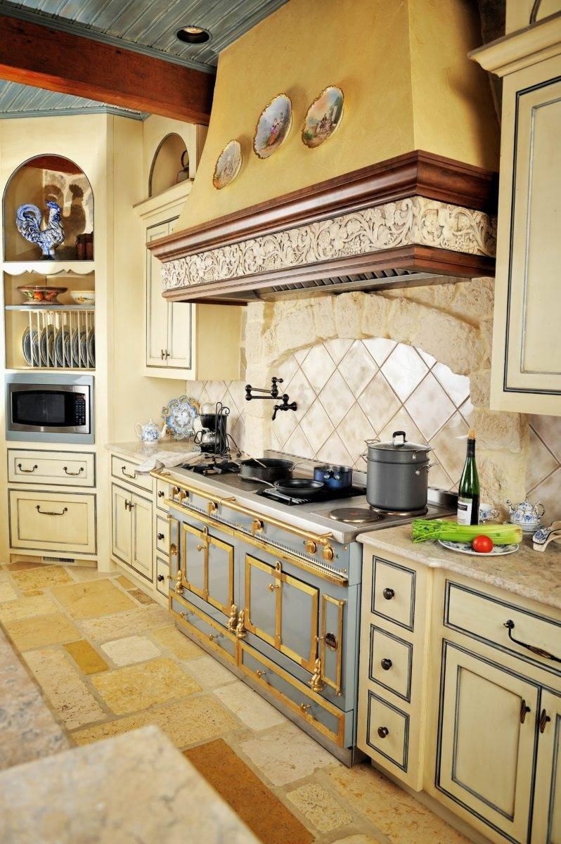 Дизайн кухни с газовой плитой: топ-100 фото лучших идей планировки
