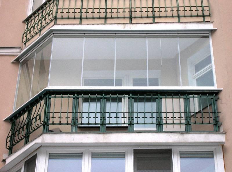 Современное остекление балкона (20 примеров на фото)