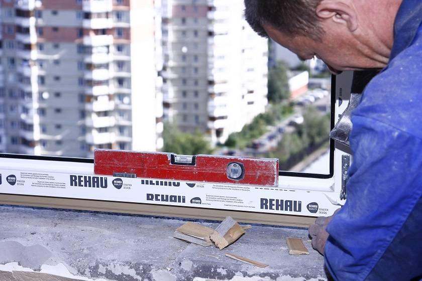 Установка пластиковых окон своими руками - 140 фото и видео рекомендации по сборке и установке оконных систем для начинающих