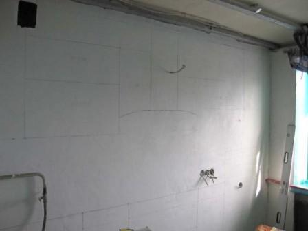 Сначала грунтуют или шпаклюют — нужно ли грунтовать стены перед финишной или стартовой шпаклевкой