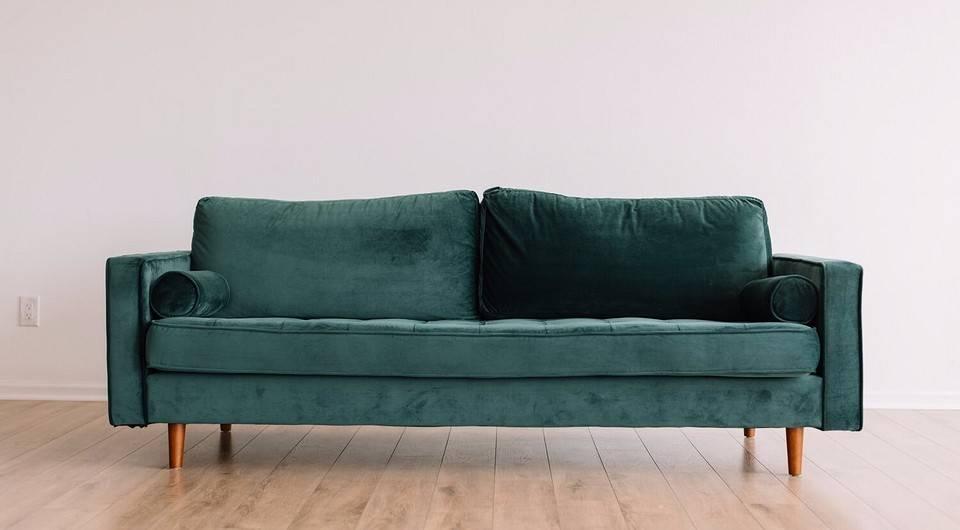 Сухая чистка дивана: как почистить диван самостоятельно в домашних условиях? средства для чистки обивки и чехлов сухим способом