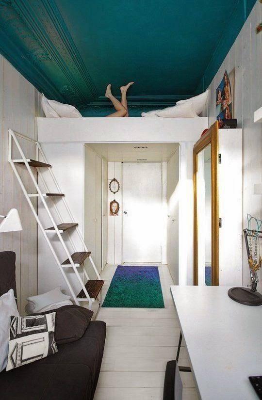 Кровать чердак для детей или подростка с рабочей зоной, взрослая двухъярусная мебель со шкафом для спальни, металлическая или деревянная софа со столом и горкой в интерьере