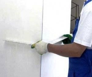 Как выровнять внутренние и внешние углы стен?