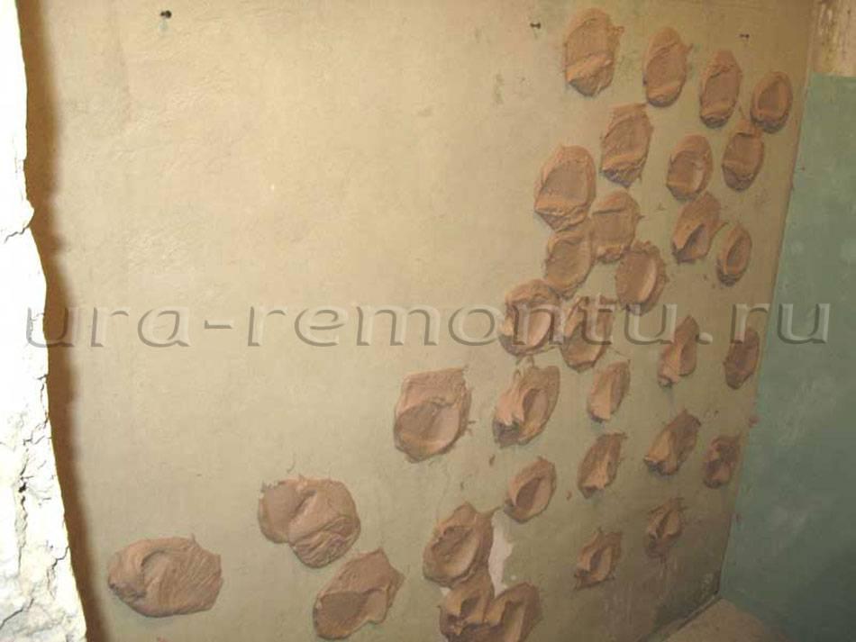 Как и чем приклеить гипсокартон к кирпичной стене