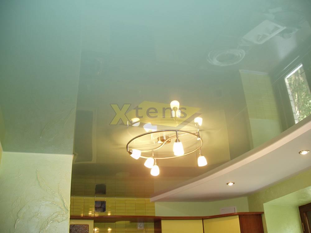Что такое сатиновый натяжной потолок: свойства