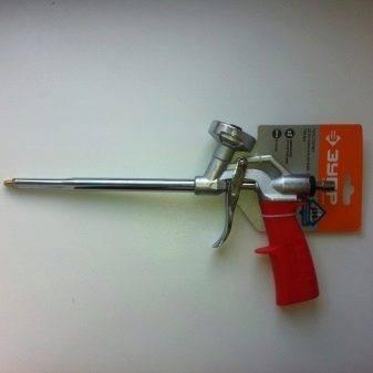Пистолет для монтажной пены: область применения, принцип действия, модели, как пользоваться, чистить, цены отзывы