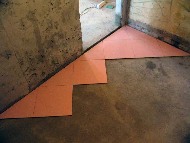Укладка плитки на пол по диагонали: как класть напольное покрытие, как правильно положить диагональным способом