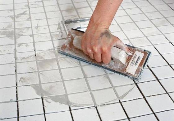 Безупречная технология укладки плитки на стену