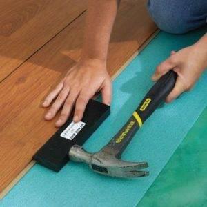 Укладка ламината на бетонный пол производится только с подложкой