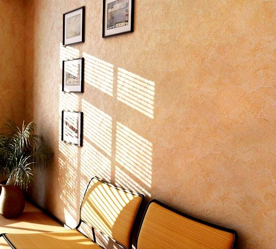 Нанесение декоративной штукатурки: виды фактур, техники нанесения на стены