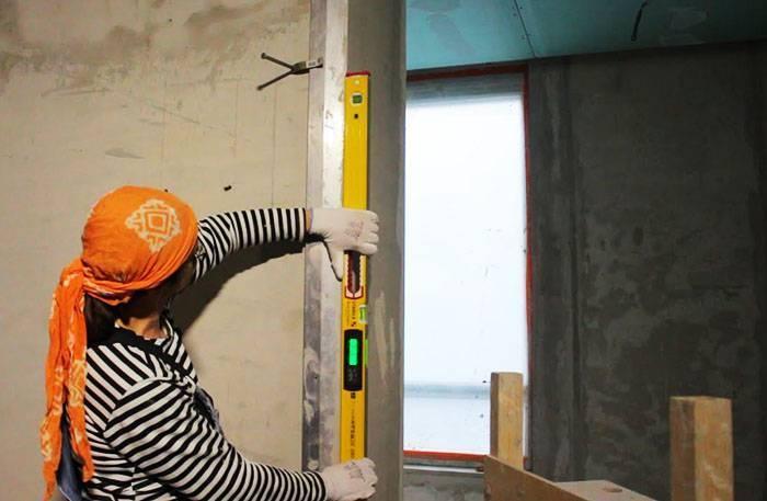 Как и чем выполнить машинную штукатурку стен