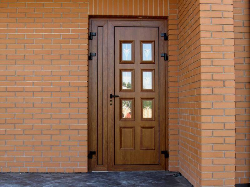 Пластиковые входные двери - фото красивых и надежных полотен