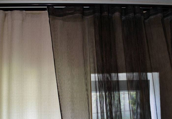 Гардина на натяжном потолке (57 фото): потолочная ниша для штор, как повесить на скрытую конструкцию и какие лучше