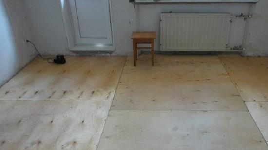 Как обрезать ковролин в домашних условиях: что лучше использовать для обрезки ковролина, обрезка ковролина под плинтус.