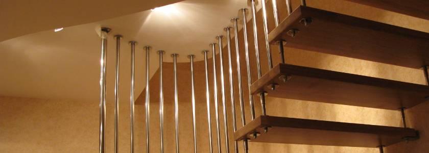 Как правильно делать лестницу: выбор материала, монтаж, фото