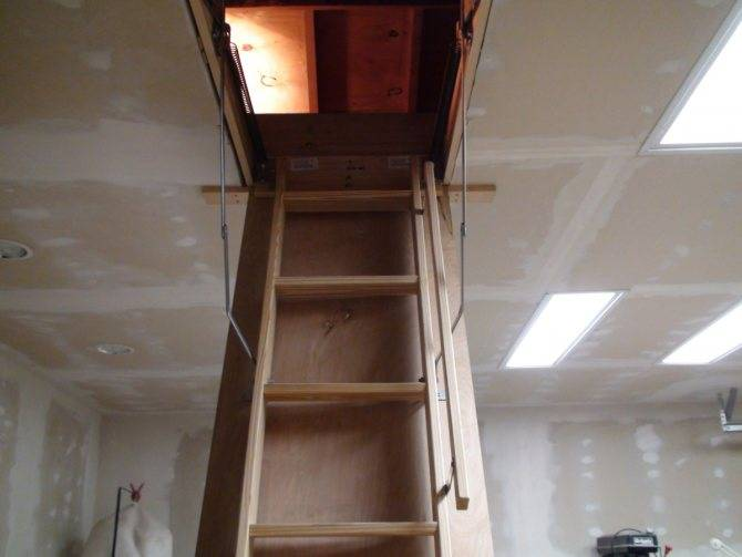 Лестница на чердак своими руками из дерева
