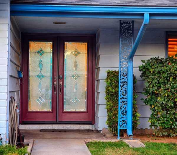 Купить металлические двери с ковкой в москве. цены от 13760 руб. заказать стальную дверь с элементами ковки