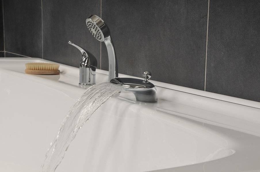 Смеситель на борт ванны: удобство и непревзойденный стиль