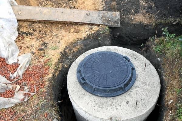 Как сделать своими руками выгребную яму без откачки, для частного дома или дачи