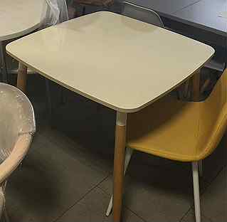 Особенности выбора детского пластикового стола