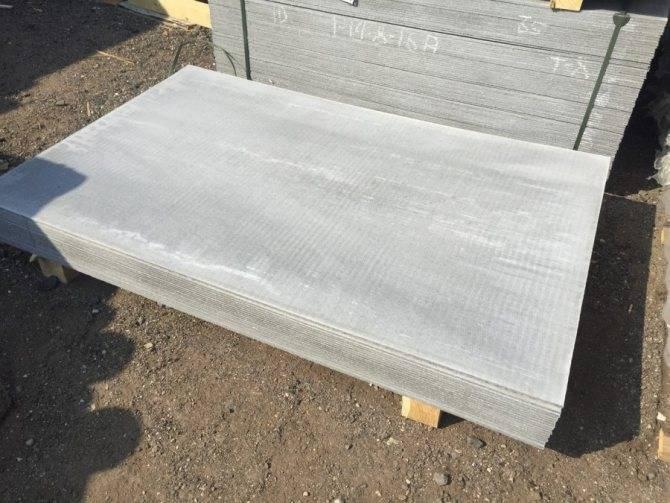 Шифер плоский: особенности материала, его применение, преимущества и недостатки
