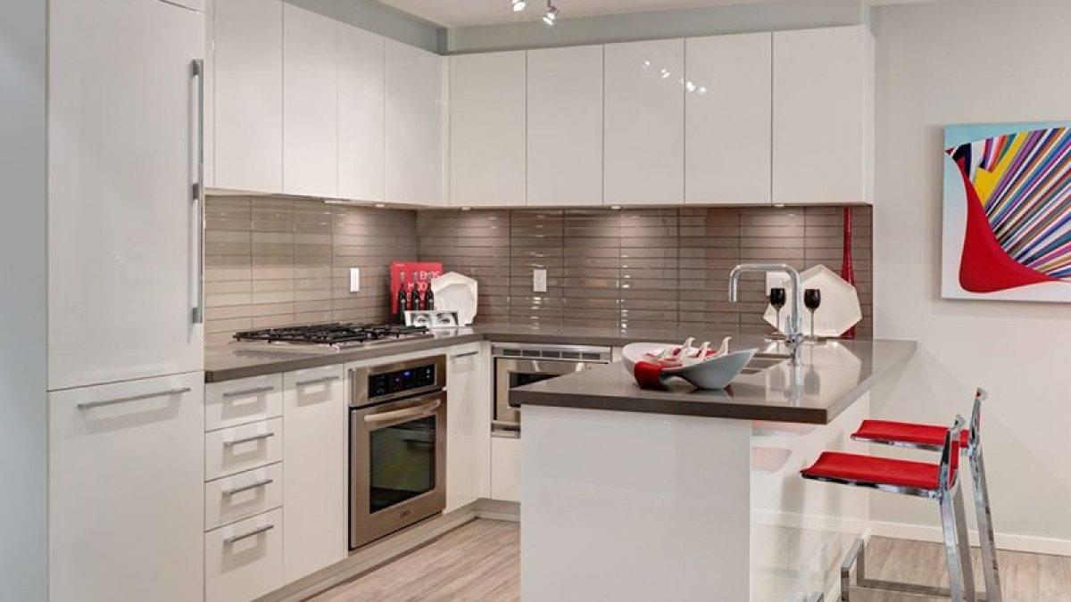 Дизайн маленькой кухни: 60 фото в интерьере