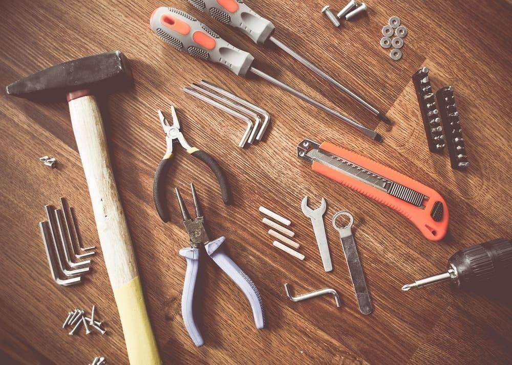 Инструменты для строительства – обзор применения 14 – ти основных инструментов