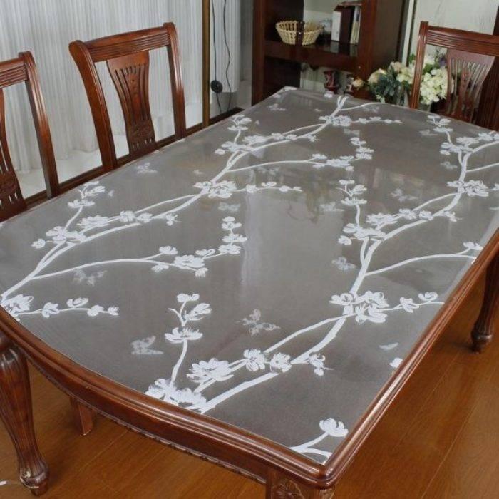 Жидкое стекло на стол: плюсы и минусы использования материала в качестве клеёнки и скатерти на кухне