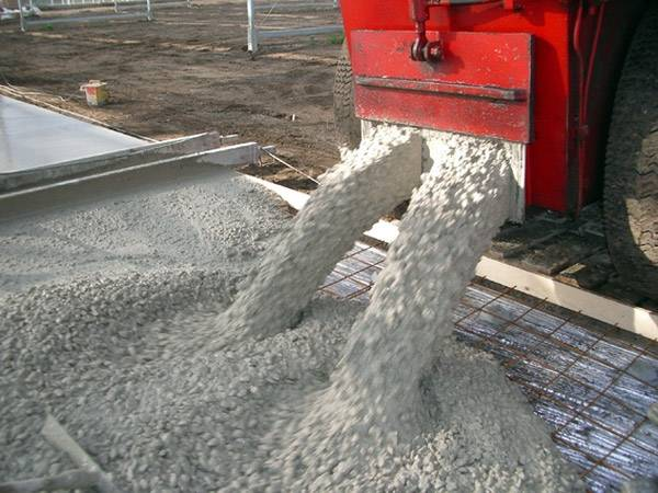 Свойства бетонов, влияющие на их эксплуатационные характеристики
