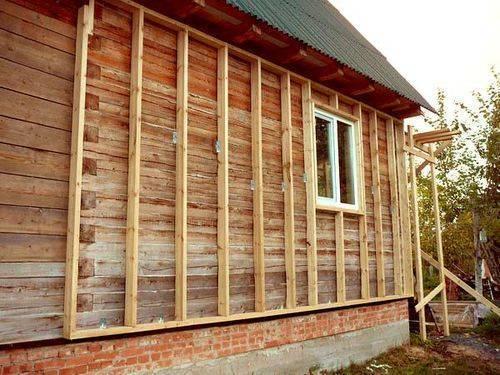 Отделка сайдингом деревянного дома: как обшить деревянный дом сайдингом своими руками с утеплением, видео