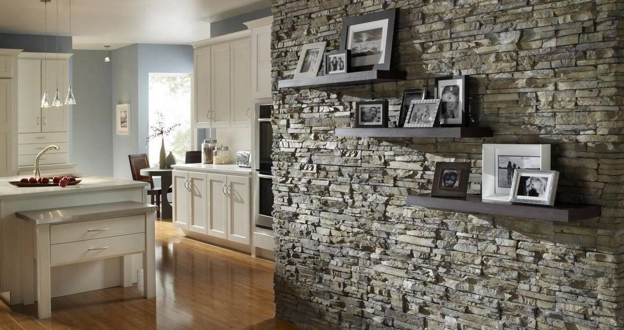 Декоративная гипсовая плитка под камень и кирпич: плюсы и минусы, укладка и изготовление