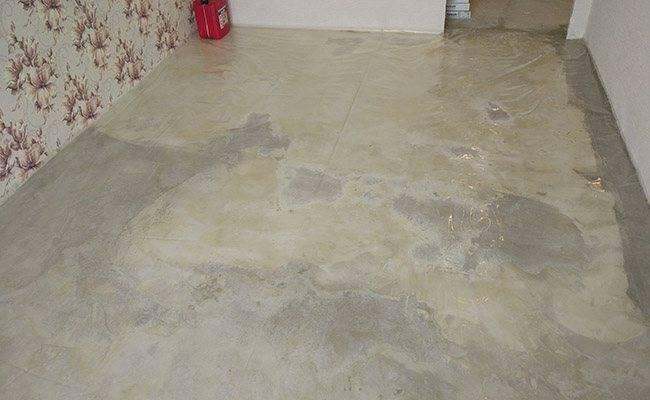 Укладка ламината на бетонный пол: выбор покрытия и пошаговая технология укладки ламината своими руками