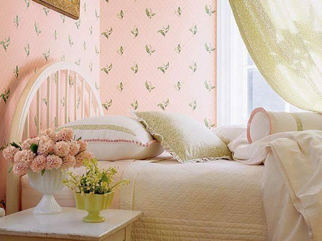 Какие обои выбрать в спальню — рекомендации, какой лучше подобрать цвет и материал обоев