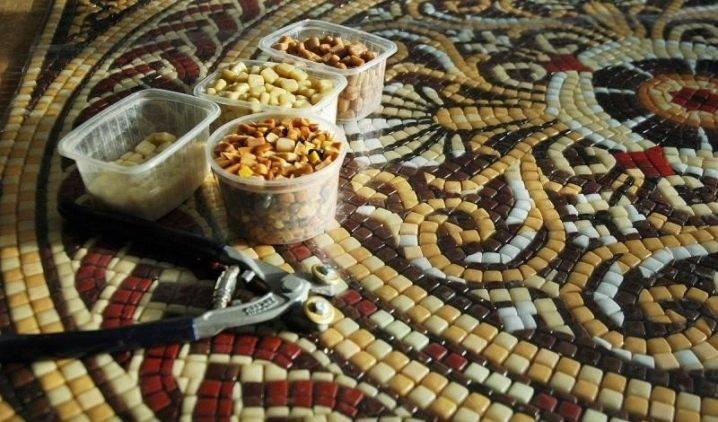Стеклянная мозаика: фото коллекций, плюсы и минусы, укладка